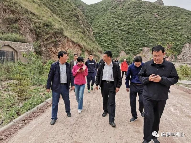 新华社甘肃分社社长任卫东一行赴永靖县采访文旅产业扶贫情况