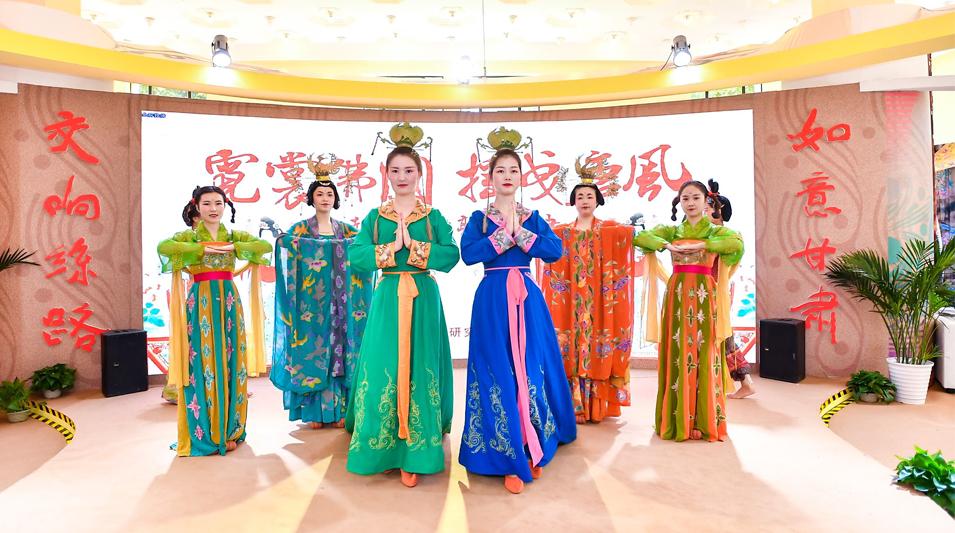 第十二届中国艺术节盛大开幕 如意甘肃精彩绽放
