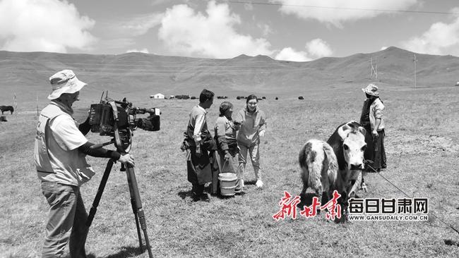 央视《美丽中国乡村行》栏目组走进九色甘南实地采风拍摄