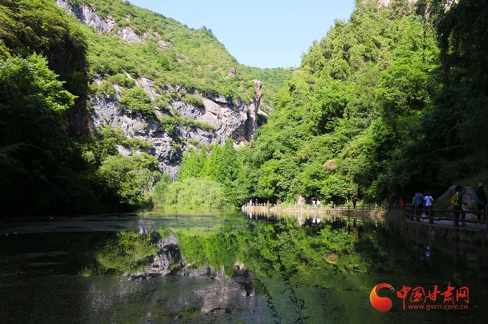 感受自然之美 甘肃文旅致敬医务人员旅游团与陇南温柔相约