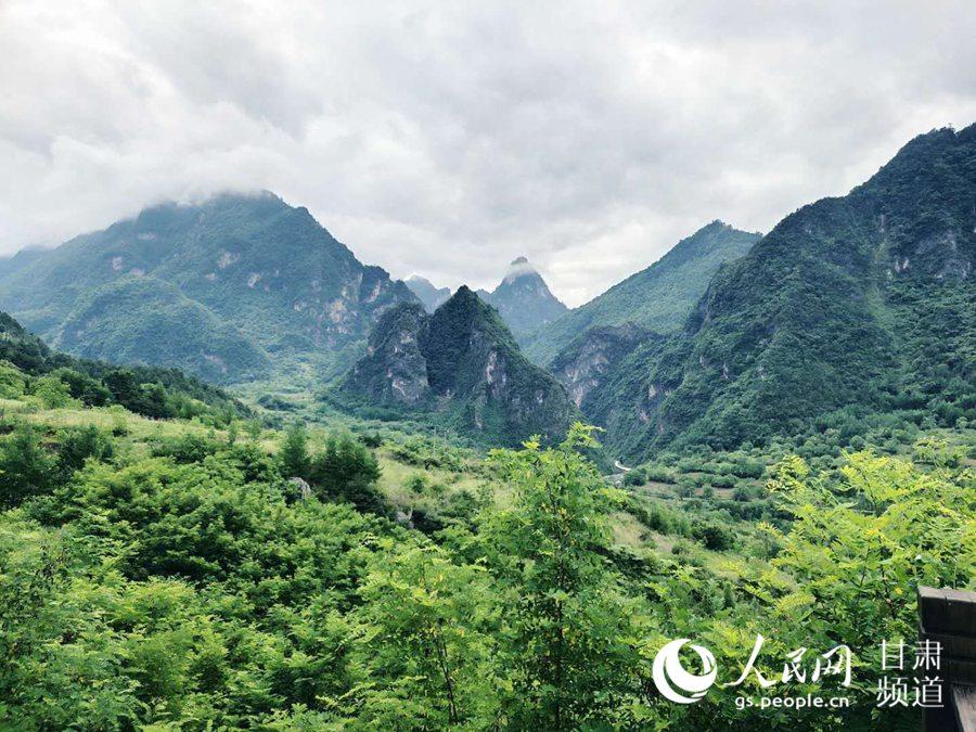 云屏三峡景区的美景。(黄帆 摄)