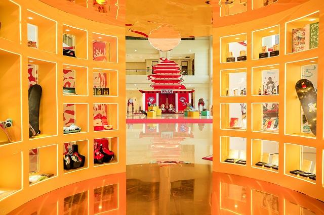 """守望千年 因为深爱着这片土地 ——记2021""""东亚文化之都""""中国·敦煌活动年""""情系敦煌""""系列展览"""