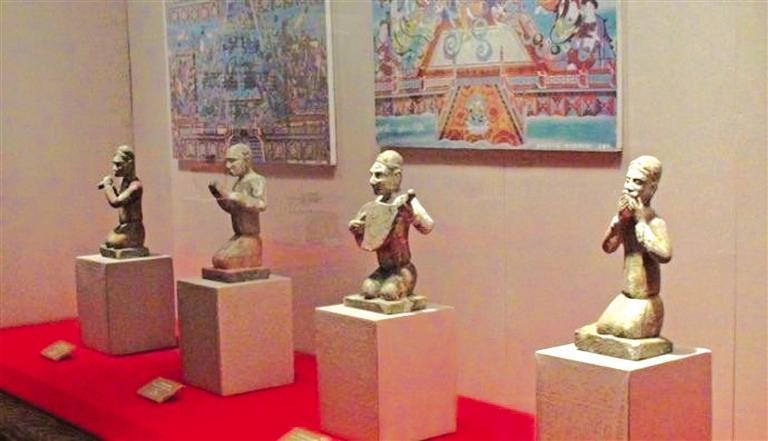 天水博物馆6件一级文物入展故宫博物院